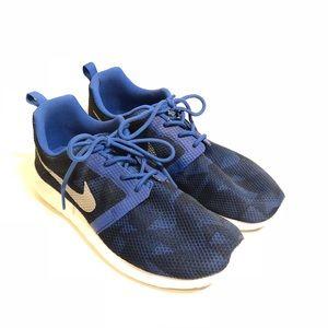 Nike Roshe Sneakers 6Y